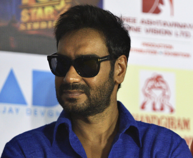 87291bollywood-ajay-devgan.jpg